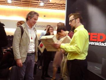 ¿Arca de Pallet y TEDX?